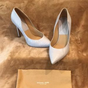 Michael Kors Collection Light Blue Pumps size 40